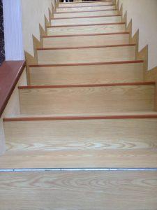 jasa pemasangan vinyl - tangga